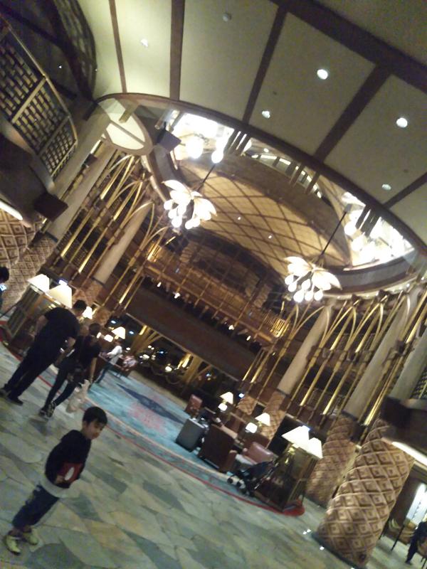 ポイントで無料旅行! ホテルロビー-2 香港の旅行記|香港ディズニーエクスプローラーズ ロッジに宿泊! 香港旅行