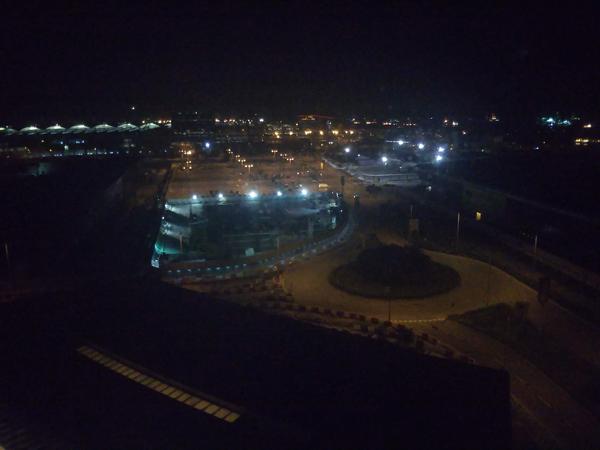 ポイントで無料旅行! 20181014_045506部屋からの夜景 香港の旅行記|香港スカイシティマリオットホテルにSPGアメックスで無料宿泊!・部屋とアクセス編 香港旅行