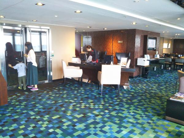 ポイントで無料旅行! 20181014_084540ラウンジ 香港の旅行記|香港スカイシティマリオットホテルにSPGアメックスで無料宿泊!・部屋とアクセス編 香港旅行