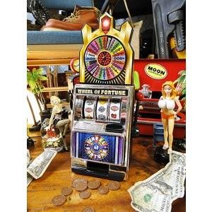 ポイントで無料旅行! 貯金箱 ラスベガス旅行記|観光するポイントは3つ!カジノ、ホテル、ショー! ラスベガス旅行