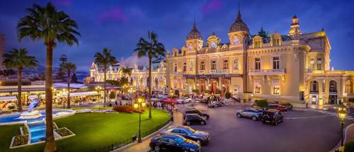 ポイントで無料旅行! sbm_casinos_10_2017_place_du_casinosoir_16_id111623_rsz 以前はモンテカルロの名前でベラージオホテルに並ぶ1番人気!今はPARK MGMという名前に変更! ラスベガス旅行の詳細