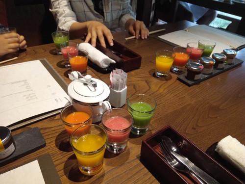 ポイントで無料旅行! 三種のジュース 京都の人気な高級ホテルに宿泊ならSPGアメックス!『翠嵐』がおすすめ 京都旅行